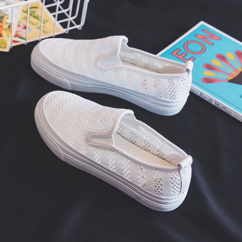 ร้องเท้า รองเท้าผู้หญิง รองเท้าคัชชู ♠มนุษย์กระถางรองเท้าผ้าใบหญิงฤดูร้อนสีดำเวอร์ชั่นเกาหลีของสลากกินแบ่งสีขาวตาข่ายเพล