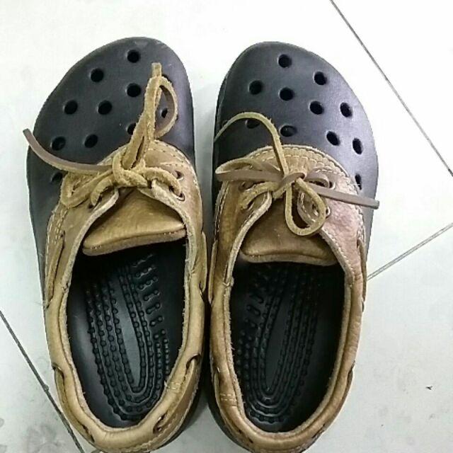รองเท้า crocs แท้100%