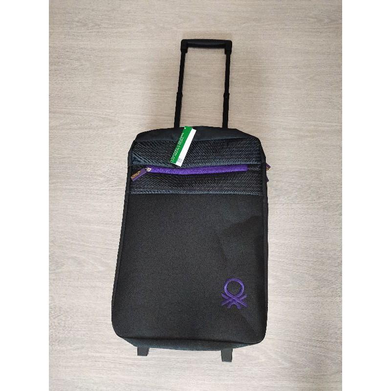 กระเป๋าเดินทางล้อลาก Benetton ขนาด 18 นิ้ว