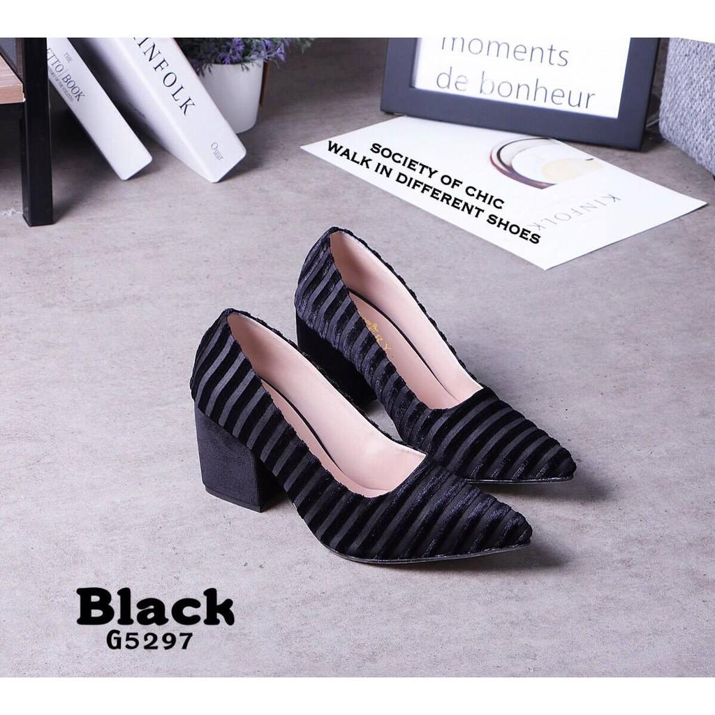 ส่งฟรี รองเท้าคัชชู แบบขายดี!! สูง3นิ้ว ผ้ากำมะหยี่ ดีไซน์สวย น้ำหนักเบา ขาดูเรียว แมทเวิร์คกับทุกชุดที่ใส่ สีดำ