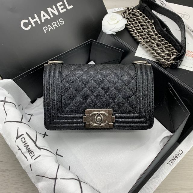 "Chanel boy 8"" Grade original  Size 20 cm หนังเเท้ กล่อง ถุงผ้า ถุงกระดาษ การ์ด ใบเสร็จ ริบบิ้น ดอกคามีเลีย"