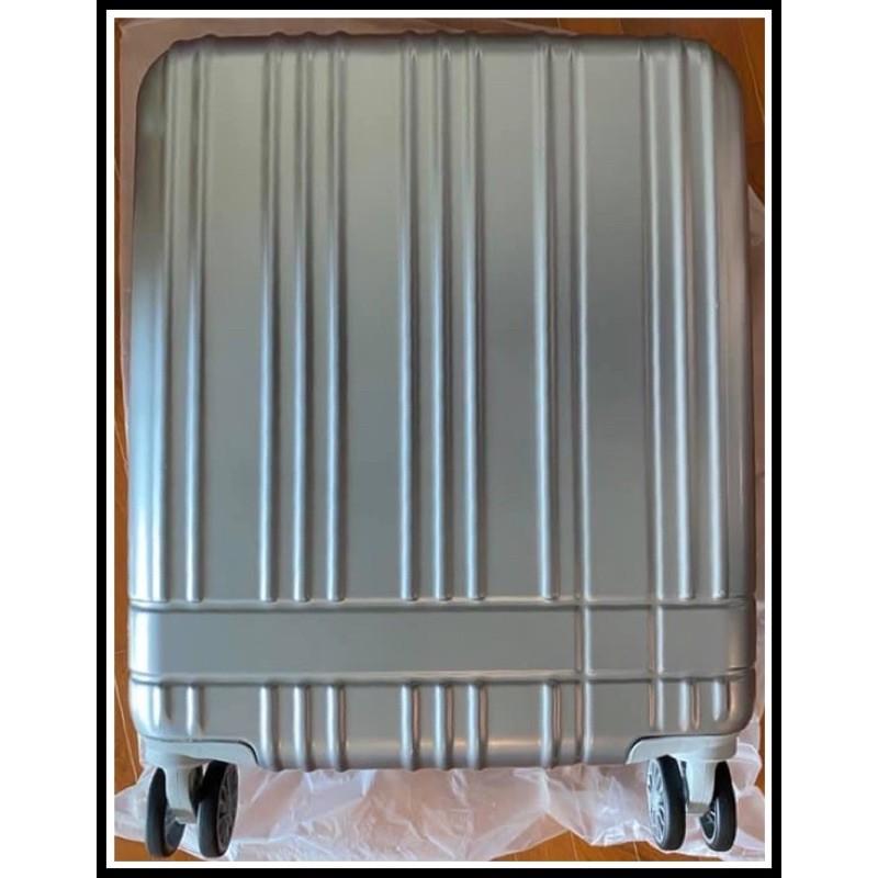 [ของแท้ มือ 1] Caggioni Luggage model 57006 (Silver) : กระเป๋า กระเป๋าเดินทางล้อลาก 20 นิ้ว สีเงิน