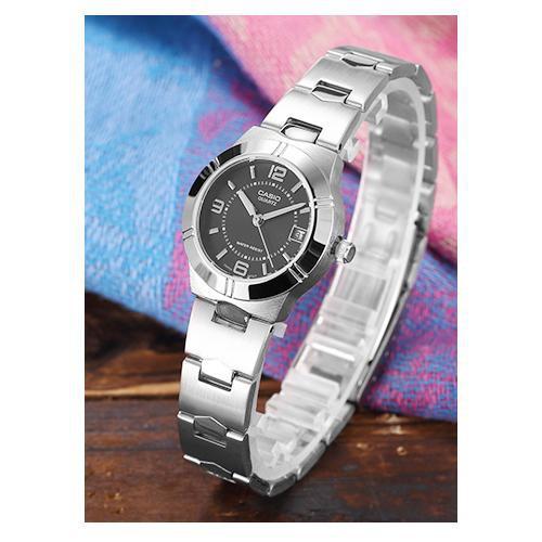 นาฬิกาข้อมือ (เลือกสี,รุ่น ทักแชท)Casio รุ่น LTP-1241D-1A นาฬิกาผู้หญิง สายสแตนเลส หน้าปัดดำ ( นาฬิกาแฟชั่น นาฬิกาข้อมือ