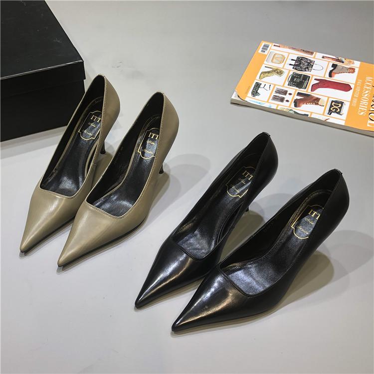 รองเท้าคัชชูหัวแหลม ขายุโรป2020ฤดูใบไม้ร่วงใหม่ยางหนังชี้รองเท้าส้นสูงหญิงกริชหนังมืออาชีพอารมณ์การทำงานรองเท้าเดียวcod