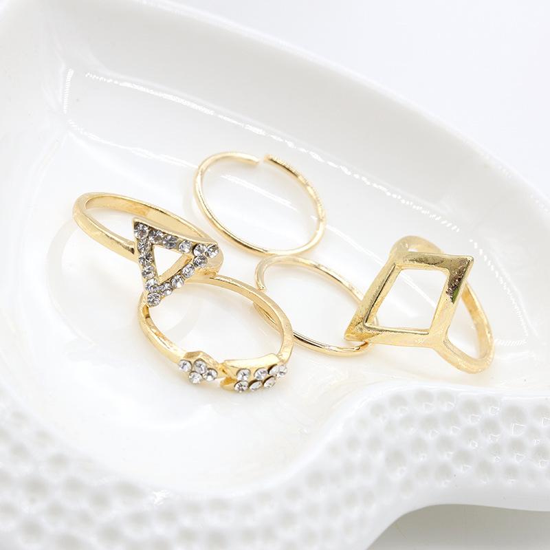 แฟชั่นยุโรปและอเมริกาทุกคู่เพชร แหวนอินฟินิตี้ แหวนพระ เครื่องประดับ แหวน แหวนทอง1สลึง แหวนทองครึ่งสลึง แหวนทอง