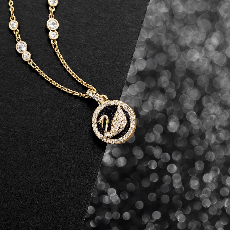≑≩สร้อยคอระดับสูงสุดSwarovski Leather Swan รักหงส์ไหปลาร้าโซ่ของขวัญหญิง5374919