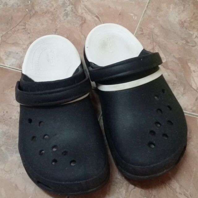 Crocs แท้มือสอง