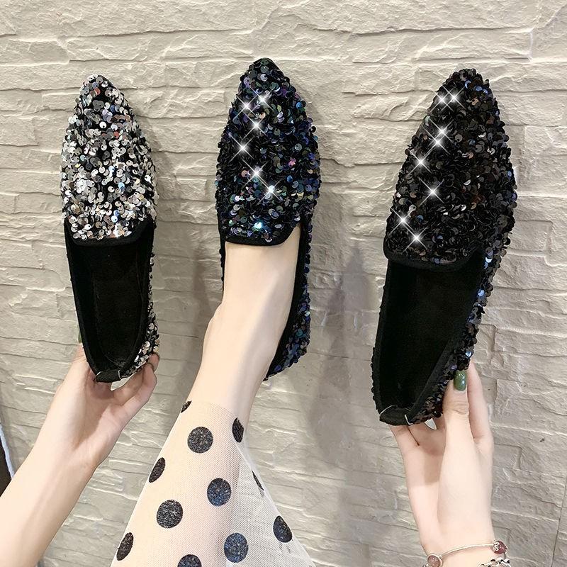 รองเท้าคัชชูหัวแหลมผู้หญิงแฟชั่นเกาหลีใหม่ปักเลื่อมรองเท้าถั่วแบน