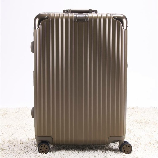 """กระเป๋าเดินทางไซส์ 24"""""""