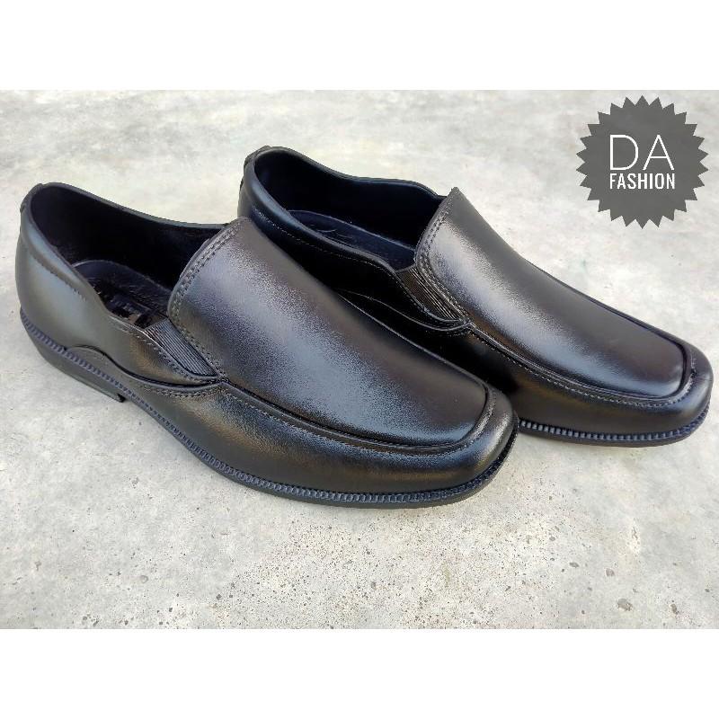 รองเท้าหนังผู้ชาย รองเท้าคัชชูผู้ชาย รองเท้าคัทชูยางสีดำผู้ชายมีเบอร์40-45