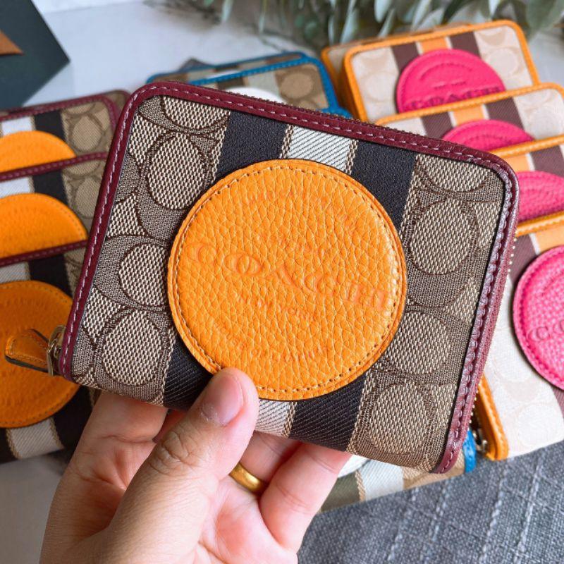 🎀 (สด-ผ่อน) กระเป๋าสตางค์ ใบสั้น น้ำตาลส้ม COACH 2637 DEMPSEY SMALL ZIP AROUND WALLET IN SIGNATURE JACQUARD WITH STRIPE