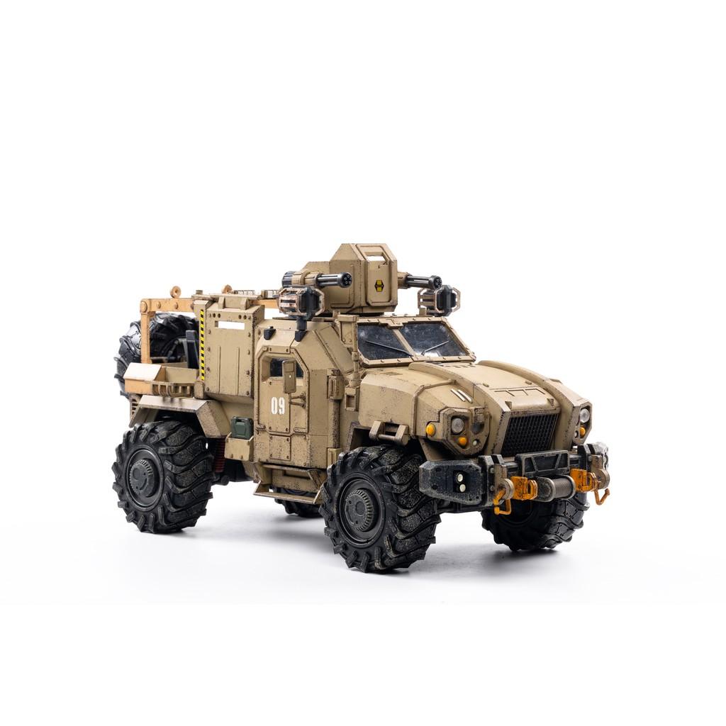รุ่น Transformers:1/18 JOYTOY Action Figure Crazy Reloaded SUV Desert Version Excluding Characters Collection Toy Milita
