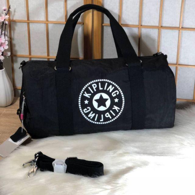 Kipling Onalo multifunctional duffle bag M กระเป๋าเดินทางหรือฟิตเนส แบบถือ ขนาด M สีดำ