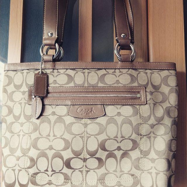 กระเป๋า Coach แท้ผ้าสวย