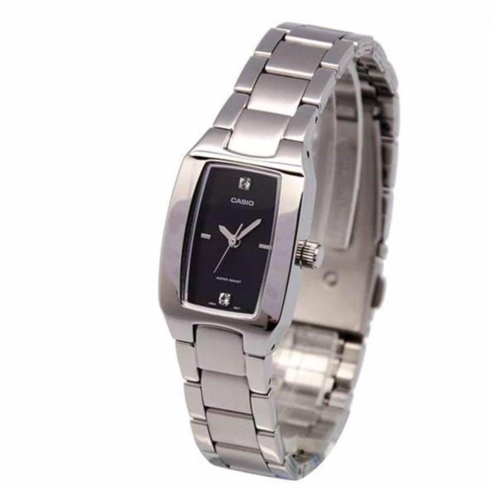 จัดส่งฟรีCasio Standard รุ่น LTP-1165A-1C2DF นาฬิกาข้อมือผู้หญิง สายสแตนเลส หน้าปัดดำ (ขายดี) มั่นใจ ของแท้ 100% ประกันศ