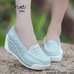 รองเท้าคัชชูพื้นสุขภาพ