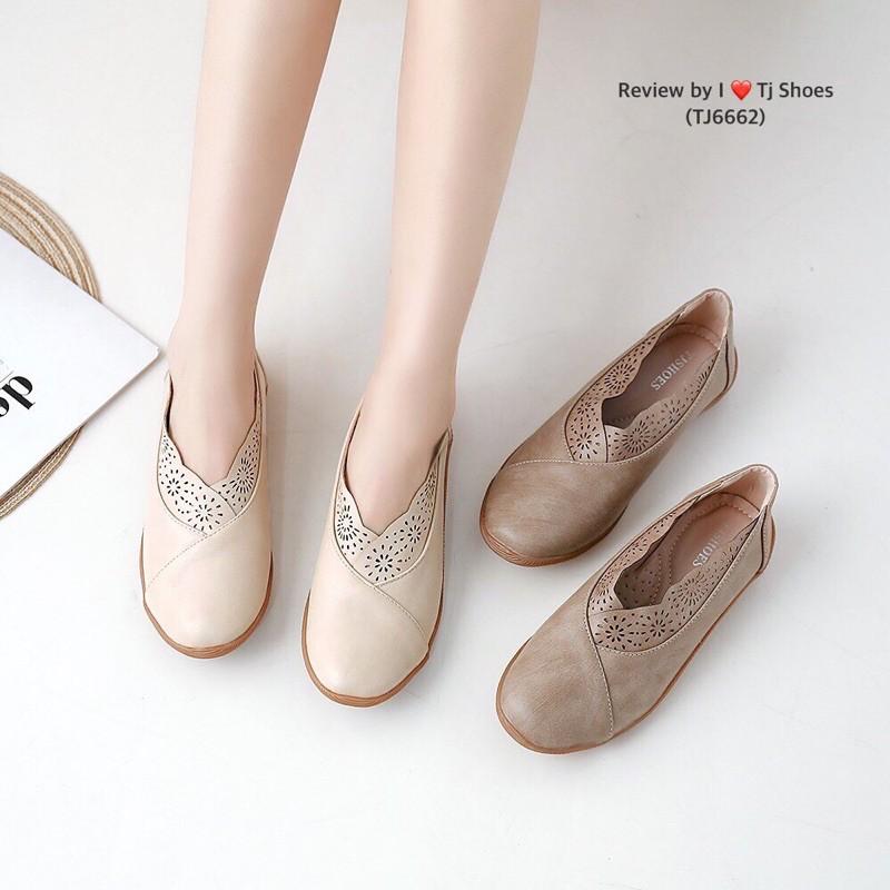 รองเท้าคัชชูผู้หญิง รองเท้าแฟชั่น
