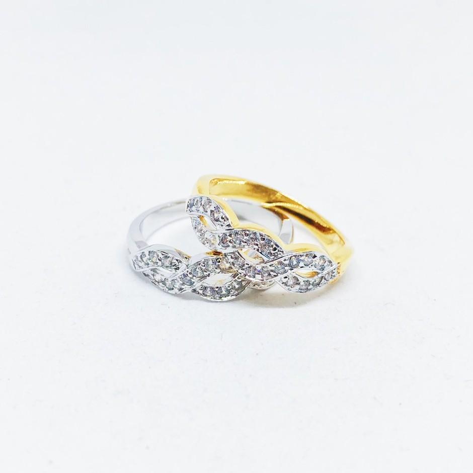 แหวนเกลียว เพชร cz ชุบทองไมครอน และทองคำขาว ราคาพิเศษ