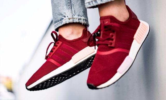 Adidas NMD R1 (B37646) สีแดง