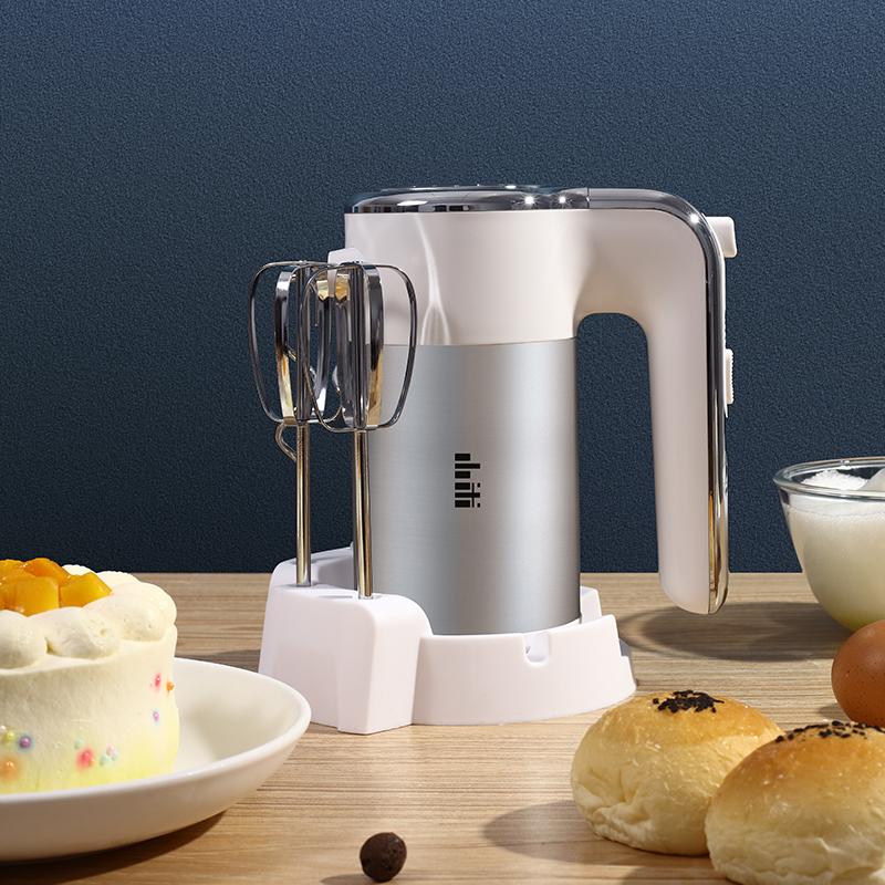 เครื่องตีฟองนมไฟฟ้าXiaomiไฟฟ้าไข่ชนะครัวเรือนเครื่องอบนมปกคลุมพัดลมเค้กขนาดเล็กไข่กวนผสมไข่ W0wV