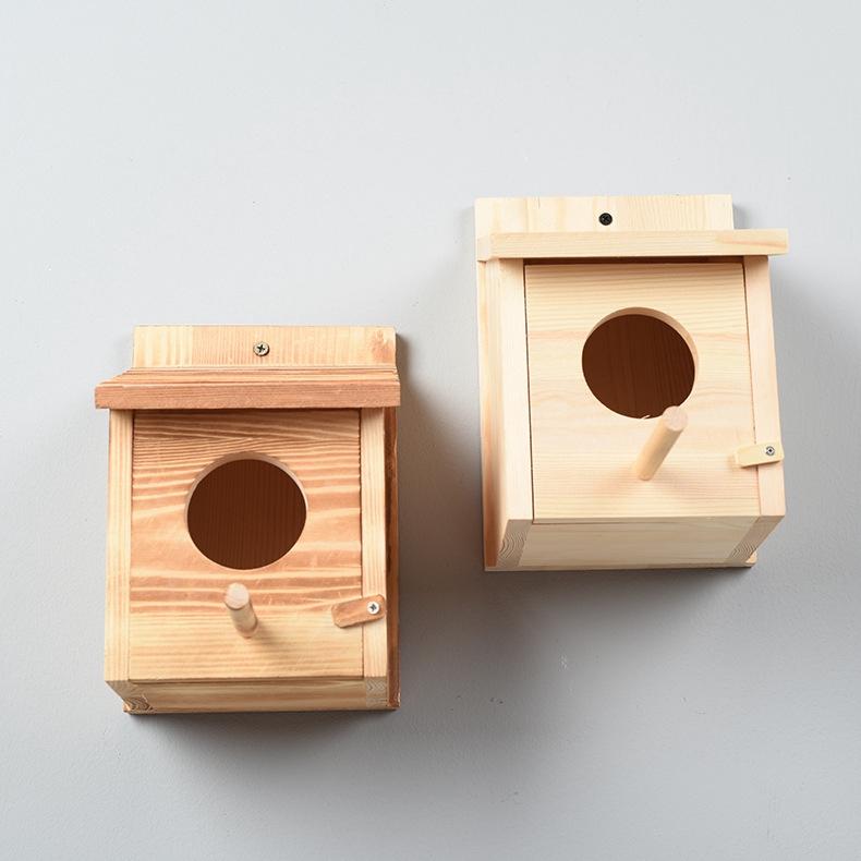 ไม้สนรังนกที่กำหนดเองรังนกนกแก้วกล่องเพาะพันธุ์กลางแจ้งรังนกกรงนกไม้รังนกบ้านนก