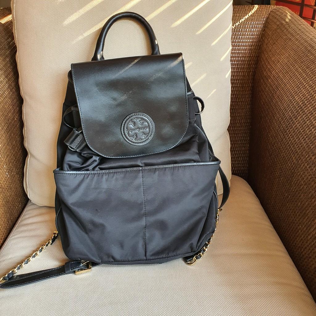 กระเป๋า เป้ Tory Burch แท้ มือสอง สีดำ สายโซ่ ของแท้100%