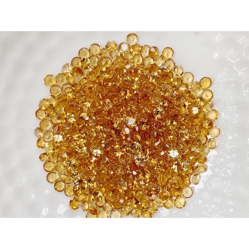 2.5มม.พลอยซิทรินสีเหลืองทอง ทรงกลม ราคากะรัตละ 80 บาท