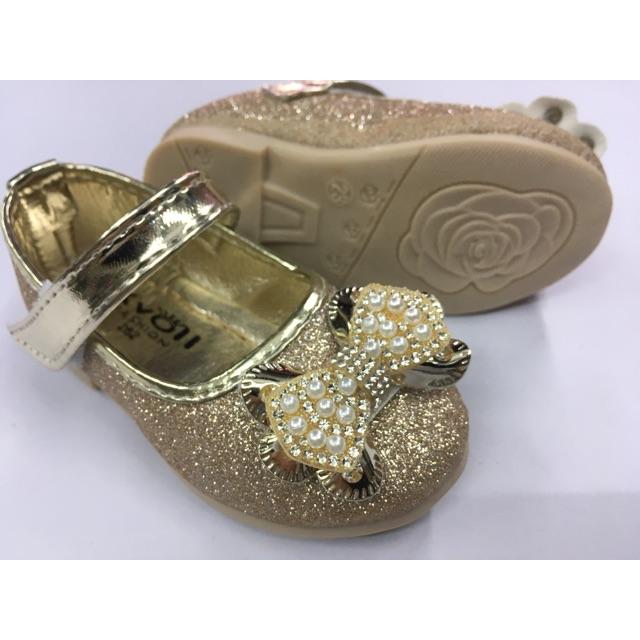 👸รองเท้าคัชชูเด็กผู้หญิง รองเท้าออกงานเด็กผู้หญิง  สีทอง ไซส์ 21-25