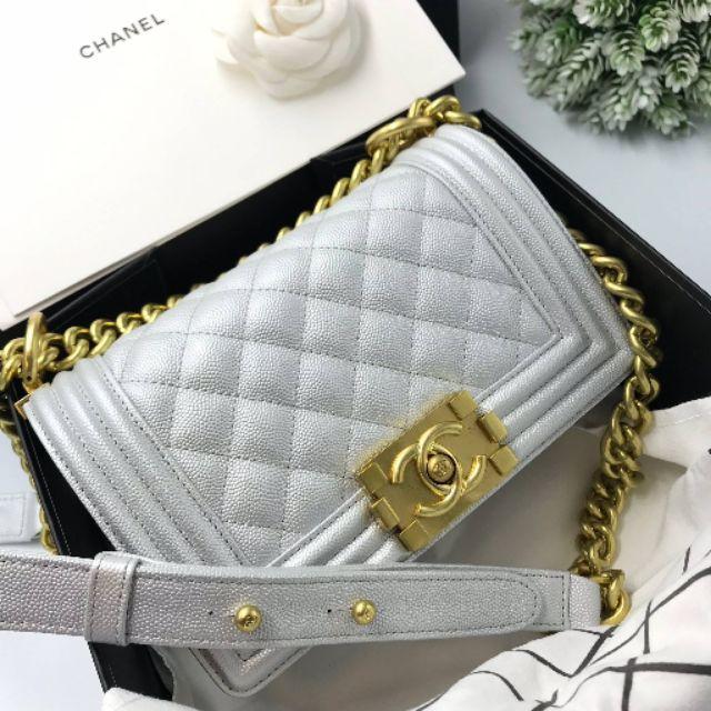 """ชาแนลบอย สีเทา หนังแท้ เย็บมือ เทียบแท้ งานดีสุด Chanel Boy 8"""" caviar leather"""