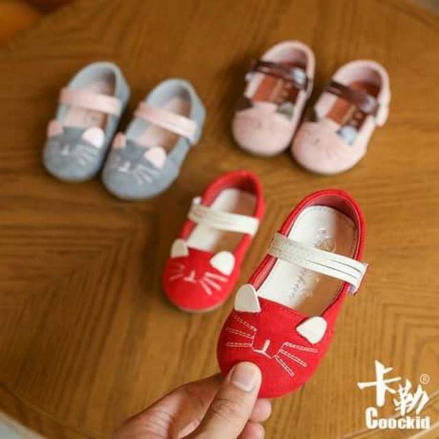 รองเท้าเด็กคัชชูลายหนู