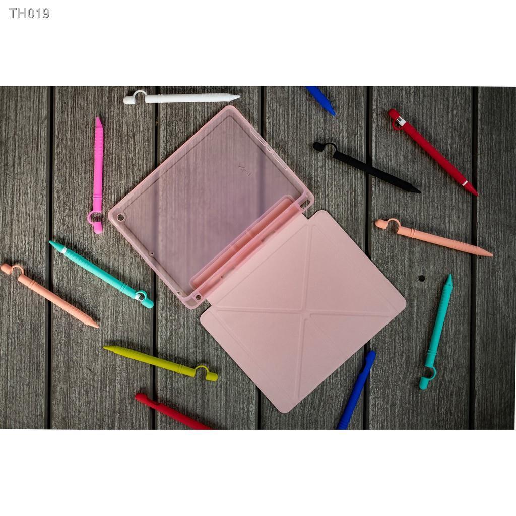 """C✵Origami """"Plus Series"""" เคส iPad 9.7 2018 (Gen6) เคสไอแพดคุณภาพดีที่สุดจาก AppleSheep [แบบเก็บปากกาที่ใส่ปลอกปากกาได้]"""