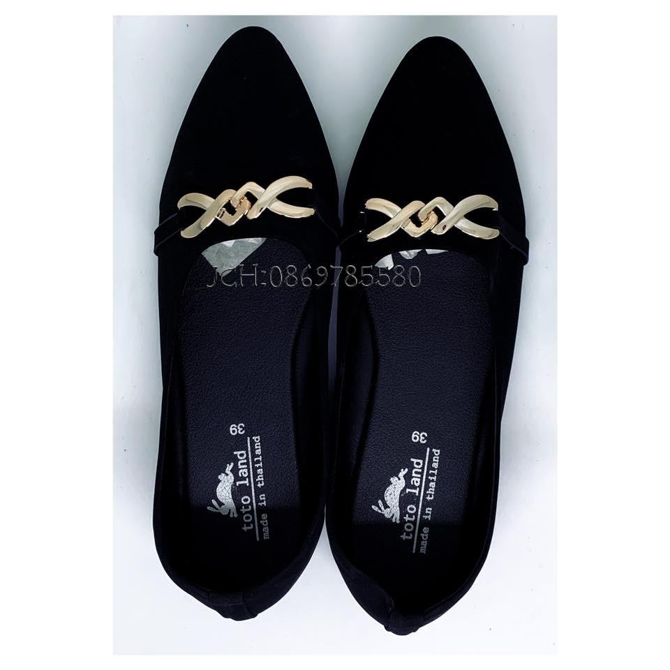 รองเท้าคัชชู รองเท้าหุ้มส้น กัมมะยี่ สีดำ คาดทอง ผู้หญิง ส้นเตี้ย ใส่ทำงาน สบายๆๆ
