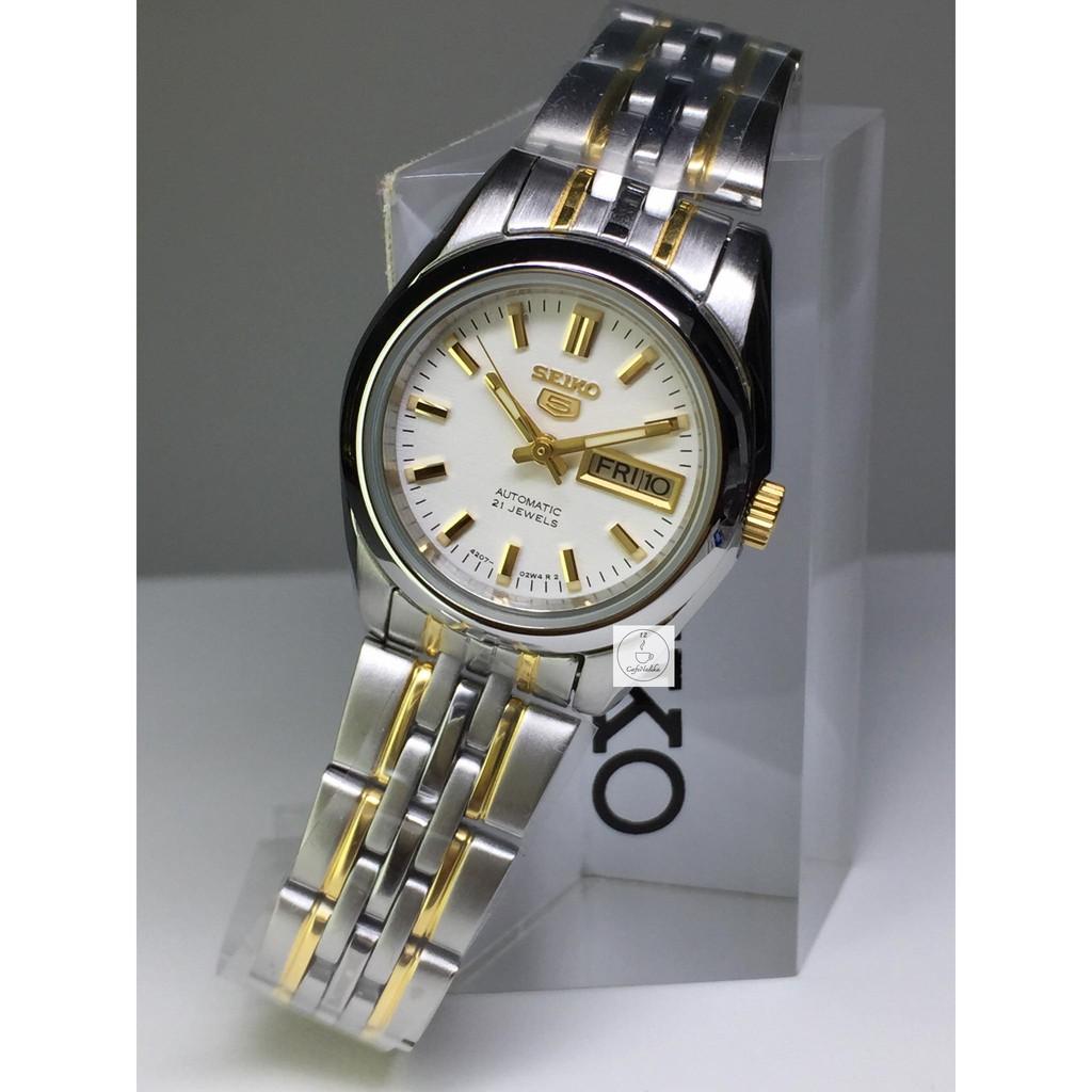 นาฬิกา ไซโก้ ผู้หญิง Seiko 5 รุ่น SYMA35K1 Automatic Women Watch ตัวเรือนและสายแสตนเลสชุบทอง สาย 2 กษัตรย์ หน้าปัดสีขาว