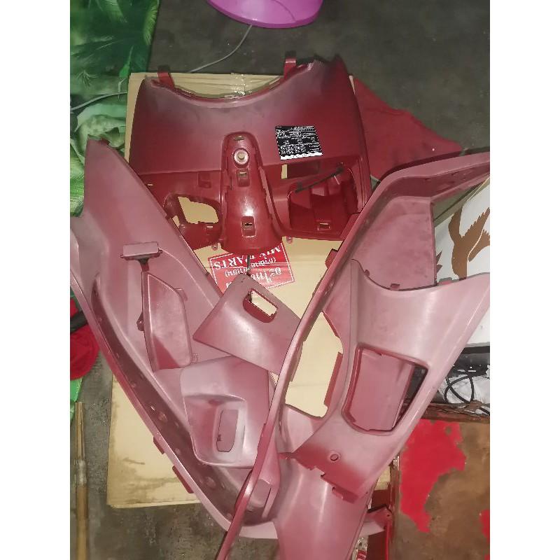 ชุดสีแดงทั้งคัน PCX 150 ( รุ่นเก่า)