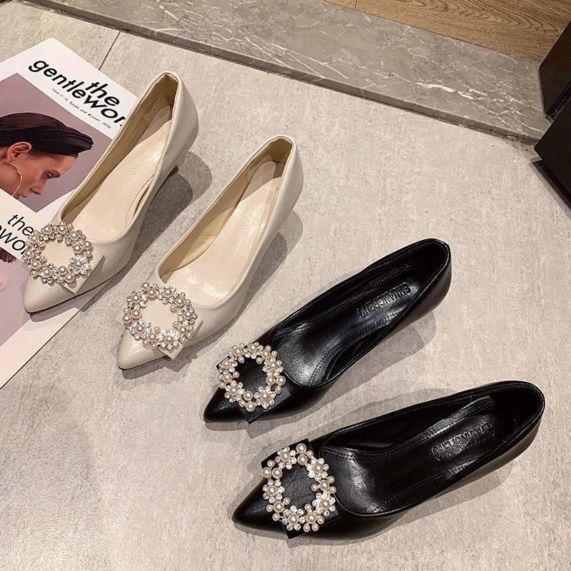 รองเท้าคัชชู แฟชั่นการขุดเจาะน้ำอารมณ์รองเท้าเดียว 2020 ใหม่อเนกประสงค์นุ่มผิวรองเท้าส้นสูงหญิง Warback เซ็กซี่สีดำทำงาน