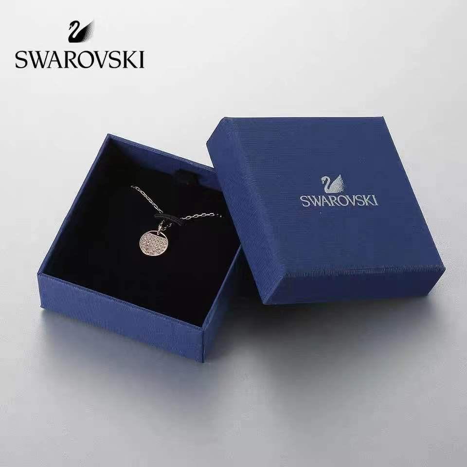 Swarovski NAUGHTY   สวารอฟส ของแท้ 100%สร้อยคอจี้ไล่ระดับราชินีหงส์น้อย  ส่งของขวัญให้แฟนสร้อย 4fkb