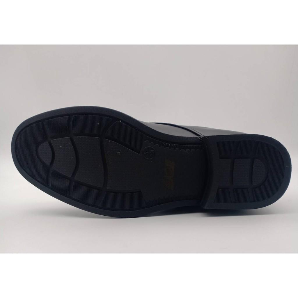 แบบผูกเชือก# รองเท้า คัชชูหนัง ผู้ชายแบบ ผูกเชือก CSB 545 ไซส์ 39-45 รองเท้าหนังผูกเชือก  เป็นหนังเทียม นิ่ม  สีดำ