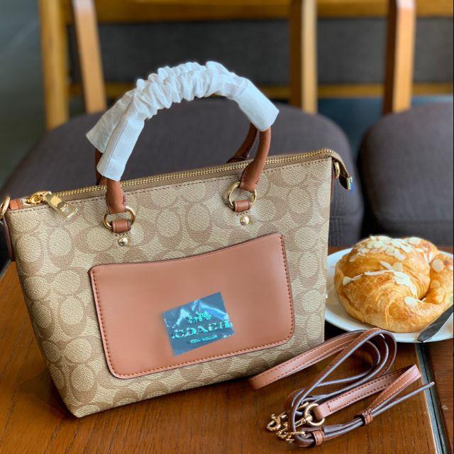 กระเป๋าหิ้ว /สะพายข้าง COACH MINI EMMA SATCHEL BAG