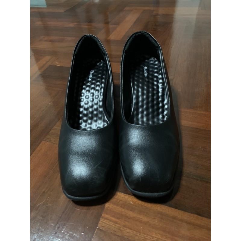 รองเท้าคัชชูบาจา (BATA) สีดำ หัวตัด รุ่น LADIESHEELS PUMP NEO-TRAD สีดำ รหัส 6116352 ของแท้