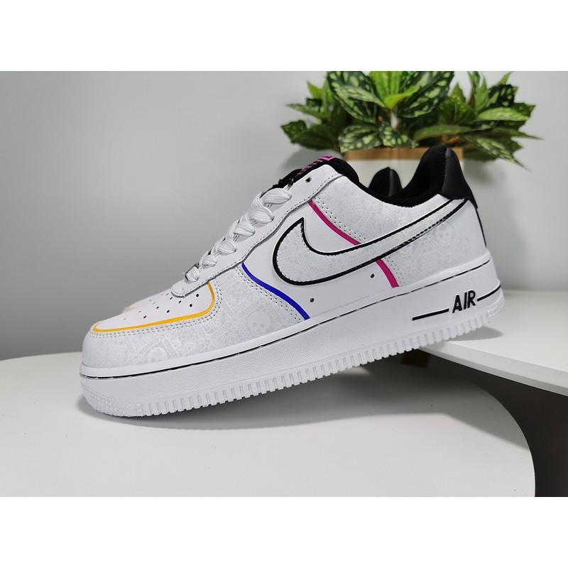 รองเท้าผู้ชายและผู้หญิง Nike Air Force 1 Low สะท้อนแสง Dead of Air Force 1 3M