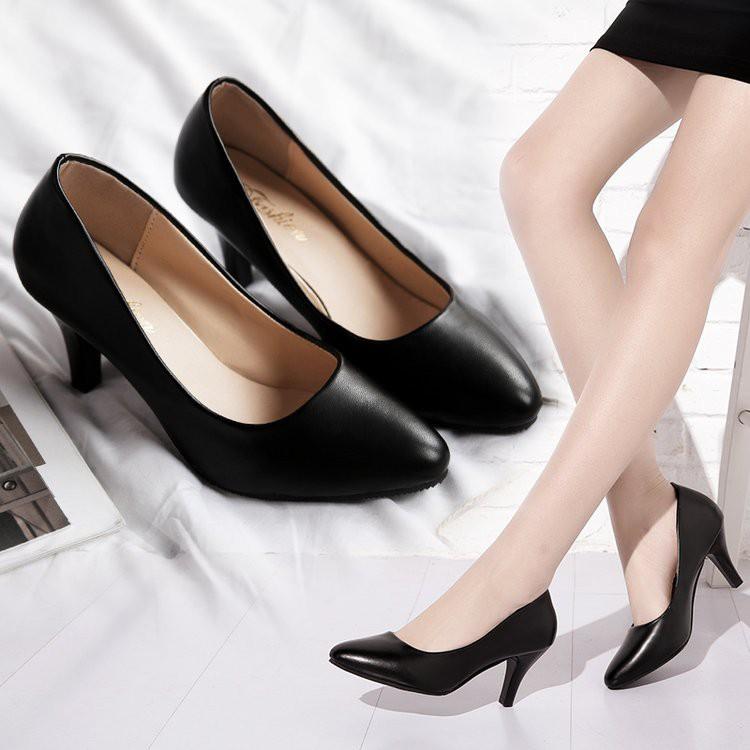 รองเท้าคัชชูดำหนังนิ่ม