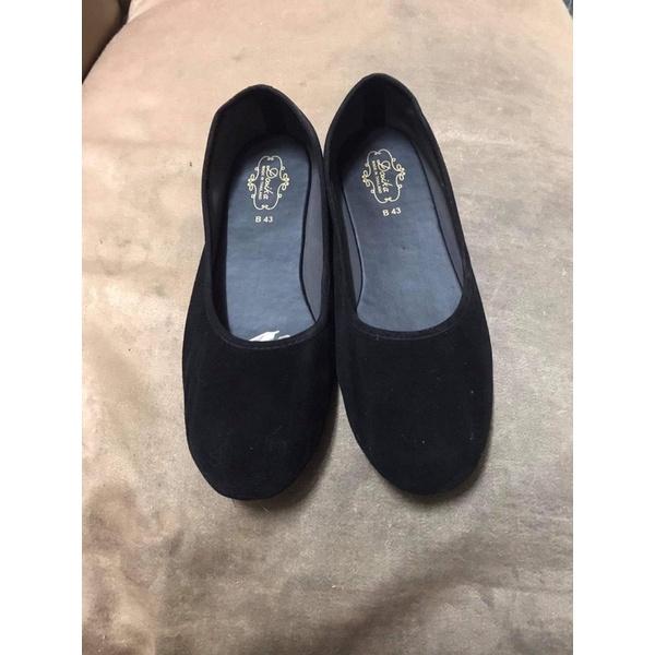 คัชชูรองเท้าทำงานผู้หญิง ผ้ากำมะหยี่สีดำ