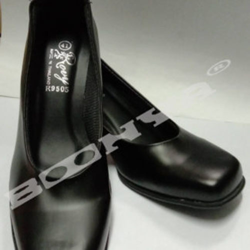 รองเท้าคัชชูผู้หญิงสีดำ รองเท้าคัชชูหัวตัด (R9505)รองเท้าส้นสูง