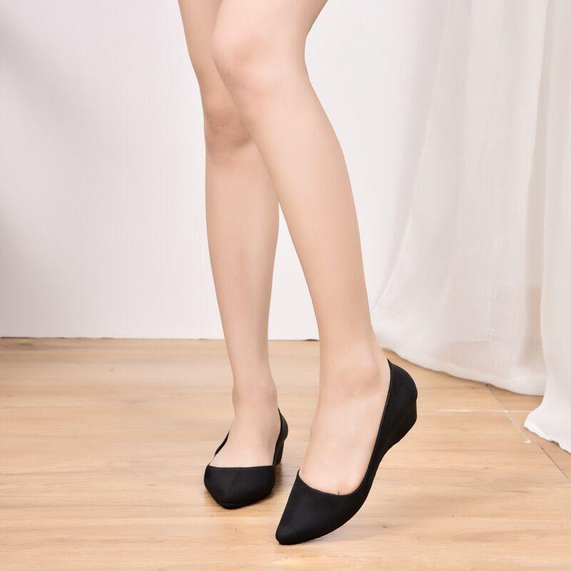 รองเท้าคัชชูยางพื้นนุ่ม Keyza ความยาว 24.5 สีดำ (Black) *เหมาะกับคนใส่ไซส์  38-39*