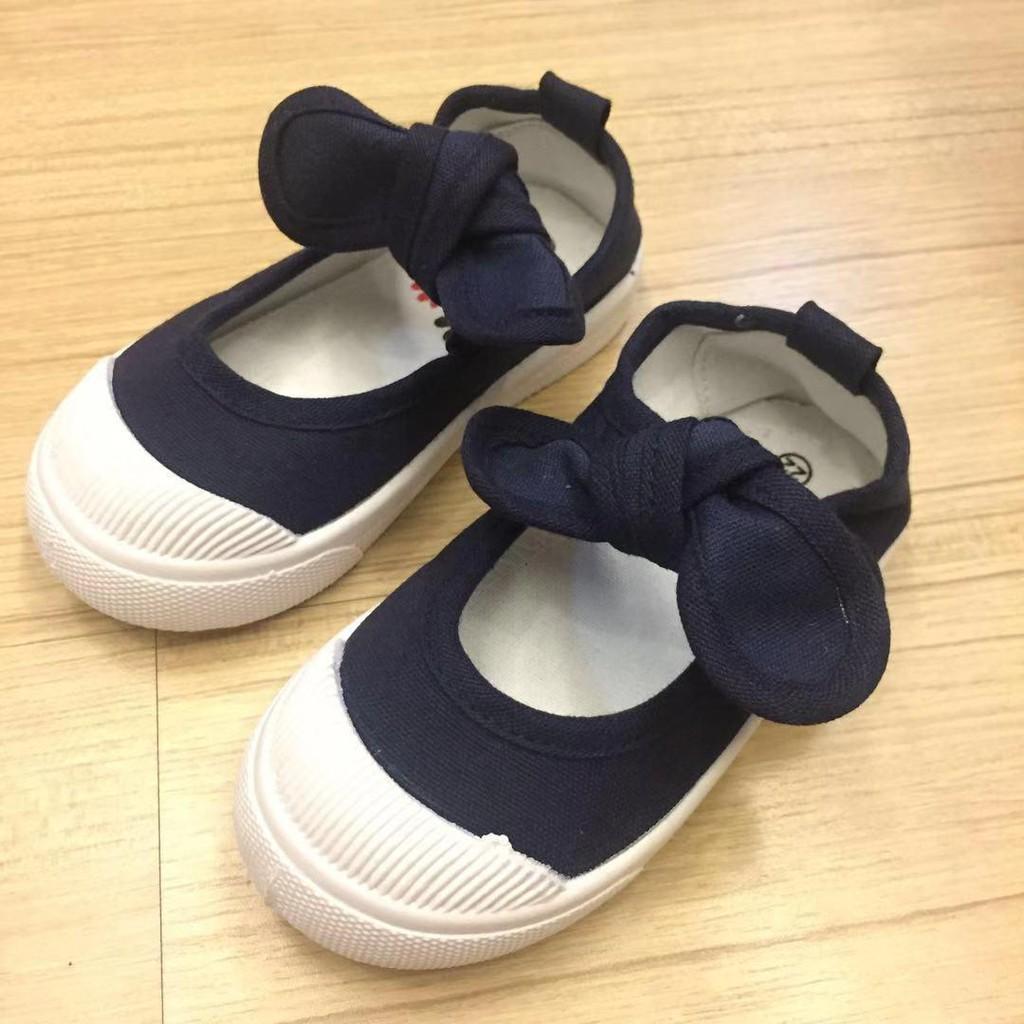 baby-Fรองเท้าเด็ก  รองเท้าคัชชู(เด็กผู้หญิง)แบบใหม่แฟชั่นโบว์ น่ารัก เป็นเนื้อผ้าหนา แต่นุ่มสบายเดินถนัด มีไซส์ 21 ถึง