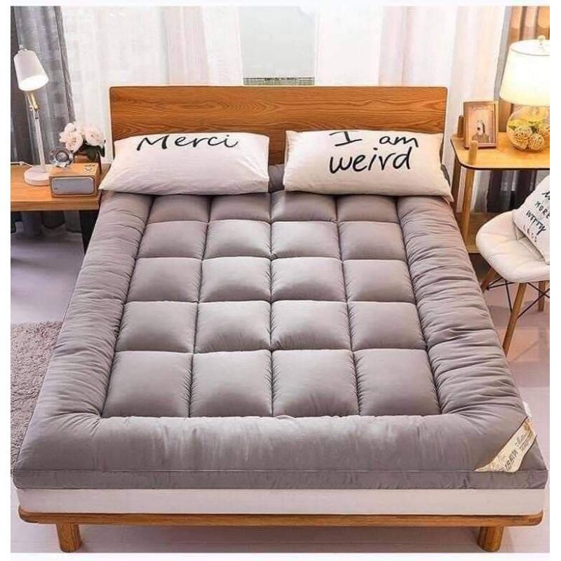 ที่นอน topper topper 5 ฟุต ท็อปเปอร์สีน้ำตาล ขนาด 6 ฟุต 5ฟุต และ3.5ฟุต สามารถเลือกขนาดได้