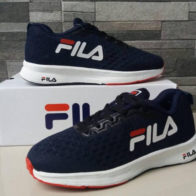Fila รองเท้าวิ่งรองเท้ากีฬาแฟชั่น