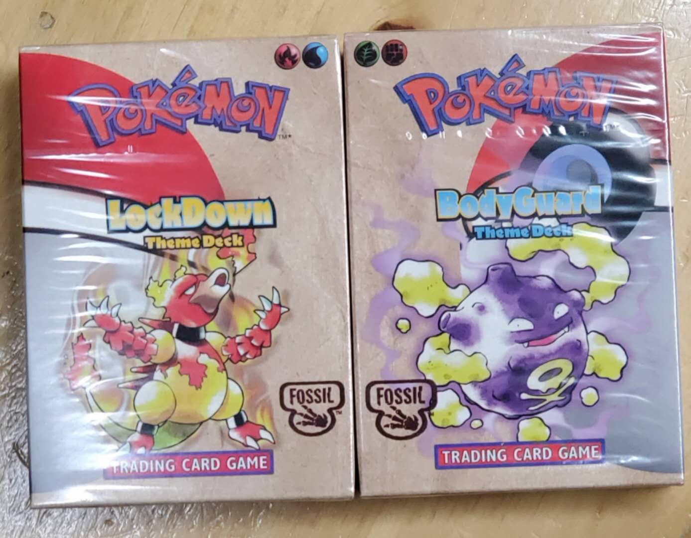 Pokemon TCG: Fossil Theme Decks BodyGuard & LockDown (1 Set 2 Box)