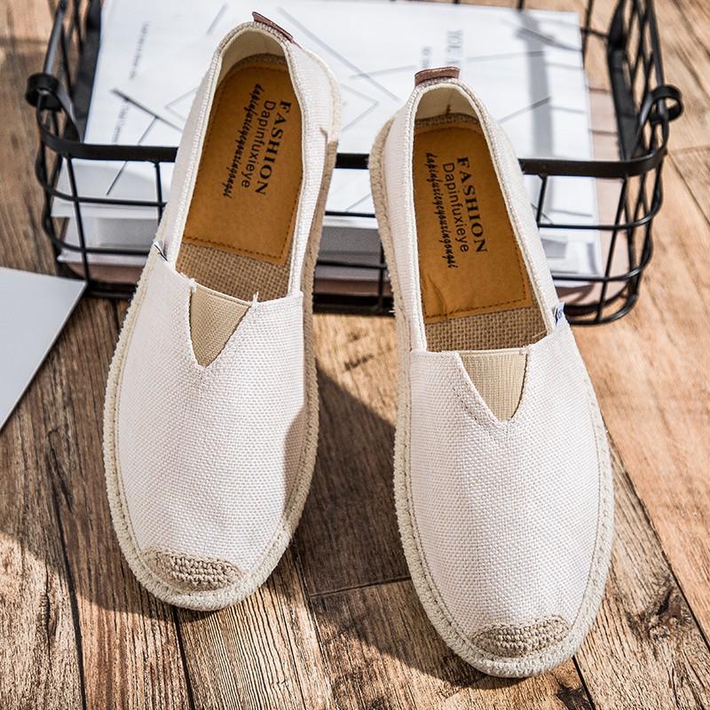 รองเท้าคัชชูผู้ชาย รองเท้าหนังผู้ชาย รองเท้าผ้าลำลอง สีดำ สีขาว สีเทา