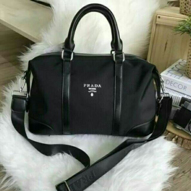 2e96111bbc89 PRADA NYLON TRAVEL BAG GIFT WITH PURCHASE GWP Limited edition | Shopee  Thailand
